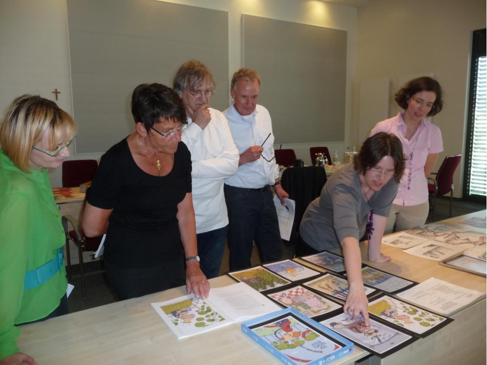 Meefisch-Jurysitzung, von links:  Isa-Maria Röhrig-Roth, Elisabeth Hohmeister, Jan Buchholz, Prof. Jürgen Rieckhoff, Rebecca Schmalz, Susanne Wunderlich